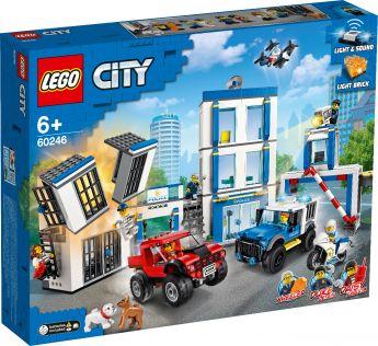 LEGO 60246 Stazione di Polizia LEGO City su ARSLUDICA.com