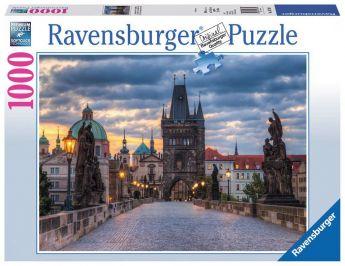 Puzzle 1000 pezzi Ravensburger Praga The Walk Across the Charles Bridge | Puzzle Città - Confezione